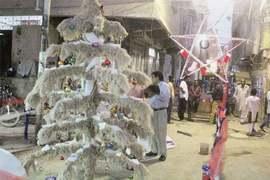 تنخواہوں سے محروم مسیحی ملازمین کا سڑک پر کرسمس منانے کا اعلان