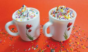 Cook-it-yourself: Rainbow hot chocolate