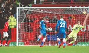 United see off Stoke, reduce City's lead to 12 points