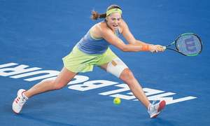 Nadal advances, Ostapenko out in Melbourne