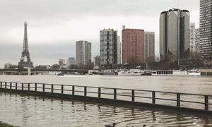 Seine overflows its banks in Paris
