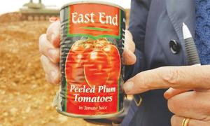 How did food from Britain end up in IS-controlled territory in Syria?