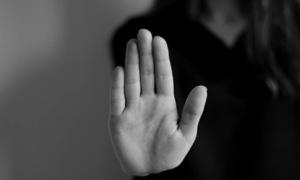 سپریم کورٹ کے احکامات کے باوجود جنسی زیادتی کے معاملات میں تصفیہ کیوں؟