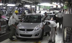 Large-scale manufacturing shrinks for second month