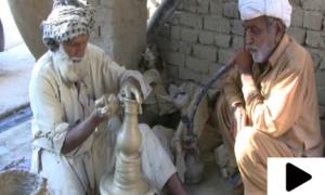 دور جدید میں قدیم ہنر زندہ رکھنے والا 70 سالہ شخص