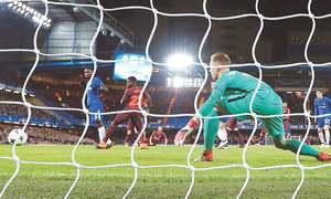 Messi breaks Chelsea duck to give Barca edge; Bayern thrash Besiktas