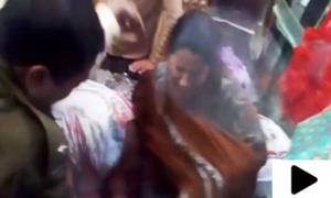 مبینہ خاتون چور کی خواتین کے ہاتھوں پٹائی
