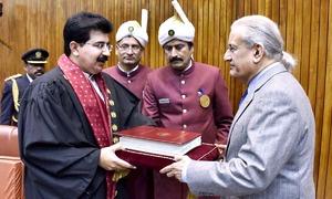 PML-N defeated: Opposition candidates Sanjrani, Mandviwalla take Senate's top slots