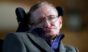معروف سائنسدان اسٹیفن ہاکنگ انتقال کر گئے