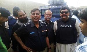Rao Anwar sends another 'letter' to CJP, asks court to unfreeze his bank accounts