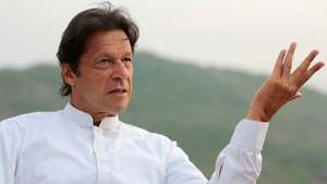 Imran criticises PM Abbasi's remarks on Sanjrani's election