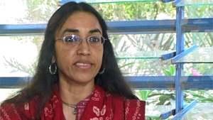 سماجی کارکن پروین رحمٰن کے قتل میں ملوث 5 ملزمان پر فردِ جرم عائد