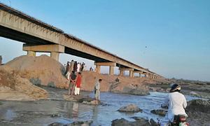 Completion may be 'delayed' Chenab flow diverted towards Shahbazpur bridge project site