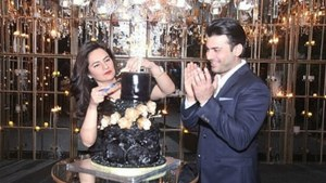 In photos: Fawad Khan throws a grand birthday surprise for Sadaf