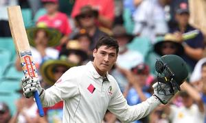 Renshaw makes ton on county debut