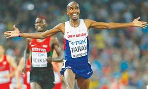 Farah faces searching test at London Marathon