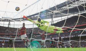 City and Arsenal cruise; Stoke edge closer to relegation