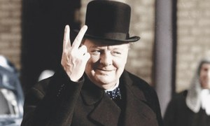 Watching Churchill on the Tube
