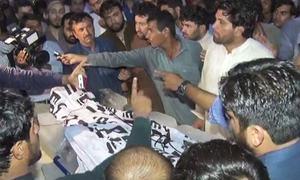 کراچی: تجاوزات کےخلاف آپریشن کے دوران 'تشدد'، ایک شخص ہلاک