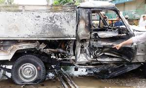 Six troops among 10 injured in suicide blast in Nowshera