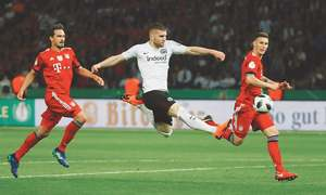 Kovac and Rebic ruin Heynckes farewell as Frankfurt stun Bayern