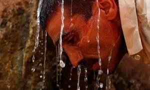 کراچی کے عوام گرمی سے پریشان
