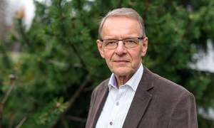 Tech 'Nobel' awarded to Finnish physicist for small smart devices
