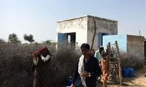 تھر: آر او پلانٹس کی بندش کی تنبیہ، پانی کے بحران میں شدت کا خدشہ