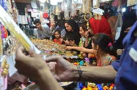Eid sales present mixed picture across country