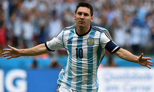 Behind the scenes and away from glare, Messi plotting path to glory