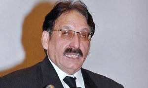 Ex-CJP's party challenges Imran's eligibility for polls