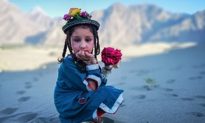 Bright colours and brighter smiles – HUAWEI P20 Pro encapsulates the warmth of northern Pakistan