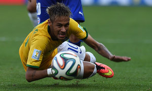 Neymar limps out of training, sets alarm bells ringing in Brazil camp