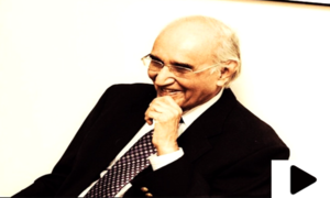 اردو کے عظیم مزاح نگار مشتاق احمد یوسفی انتقال کرگئے