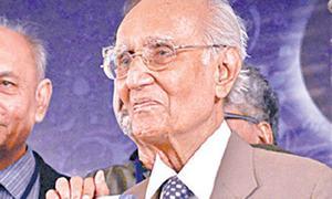 Mushtaq Yousufi's prose, humour praised as matchless