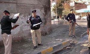 Police constable martyred in gun attack on checkpost in Peshawar