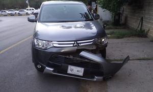 روسی سفارتکار کی گاڑی کی ٹکر سے پاک فضائیہ کا اہلکار زخمی
