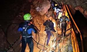 تھائی لینڈ: غار میں پھنسے تمام بچوں، کوچ کو نکال لیا گیا