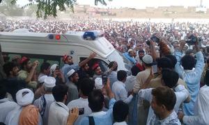 پشاور: اے این پی کی انتخابی مہم کے دوران دھماکا، ہارون بلور سمیت 20 جاں بحق