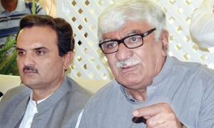 Deteriorating law, order worries Asfandyar