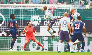 Bayern dominate PSG 3-1 in pre-season friendly