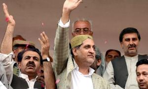 بلوچستان میں مخلوط حکومت کے لیے جوڑ توڑ تیز