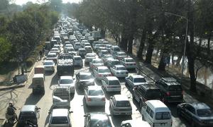 رواں مالی سال کے پہلے مہینے میں گاڑیوں کی فروخت میں 9 فیصد اضافہ