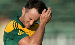 Injury-cursed du Plessis faces fresh spell on sidelines