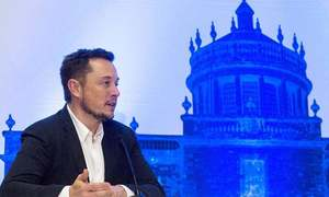 Musk says in talks with Saudi fund on taking Tesla private