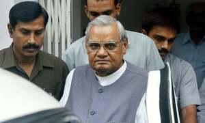 Former Indian PM Atal Bihari Vajpayee passes away