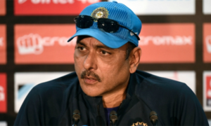Shastri calls on Indian batsmen to play 'ugly and dirty'