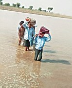 'Low flood' in Jhang: Closure of schools among safety steps