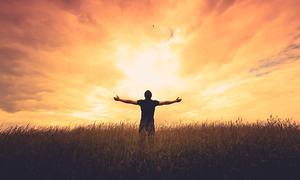 وہ غلطیاں جو زندگی کو خوشحال بنانے کے بجائے بوجھ بنا دیتی ہیں