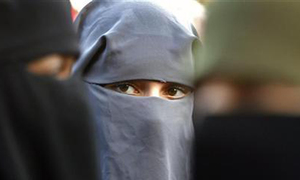 Swiss region overwhelmingly votes for 'burqa ban'